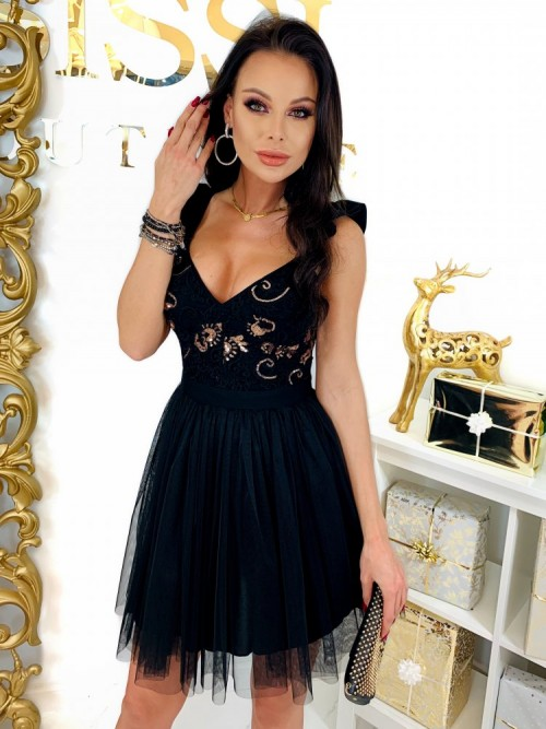 Czarna Sukienka QUEEN